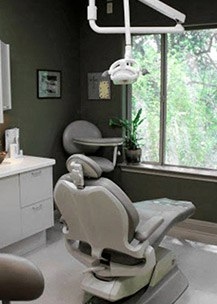 High tech dental treatment room